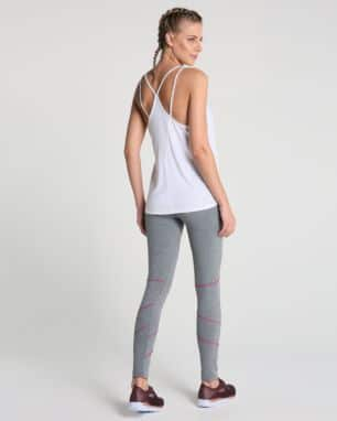 calca legging recortes foto: still